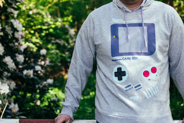 Mein Gameboy Hoodie und die Erinnerung an alte Tage